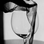 Verre de vin noir et blanc